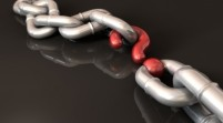 What's the Difference Between Earning Links and Building Links?