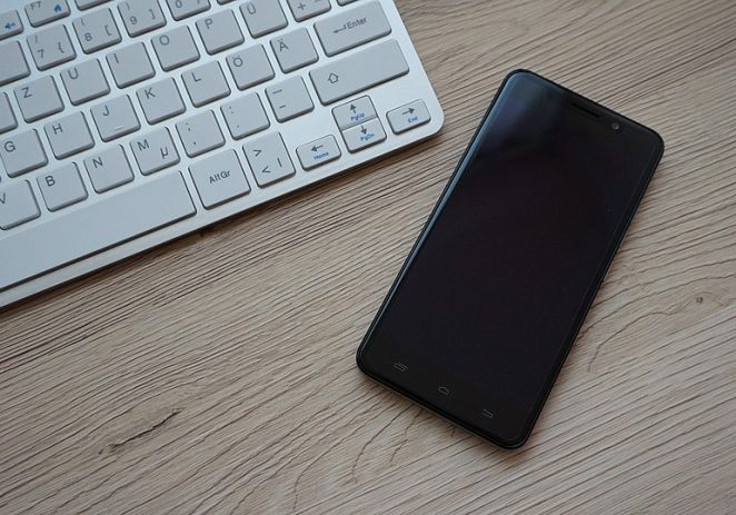 The Best Smartphones for Bloggers and Content Creators